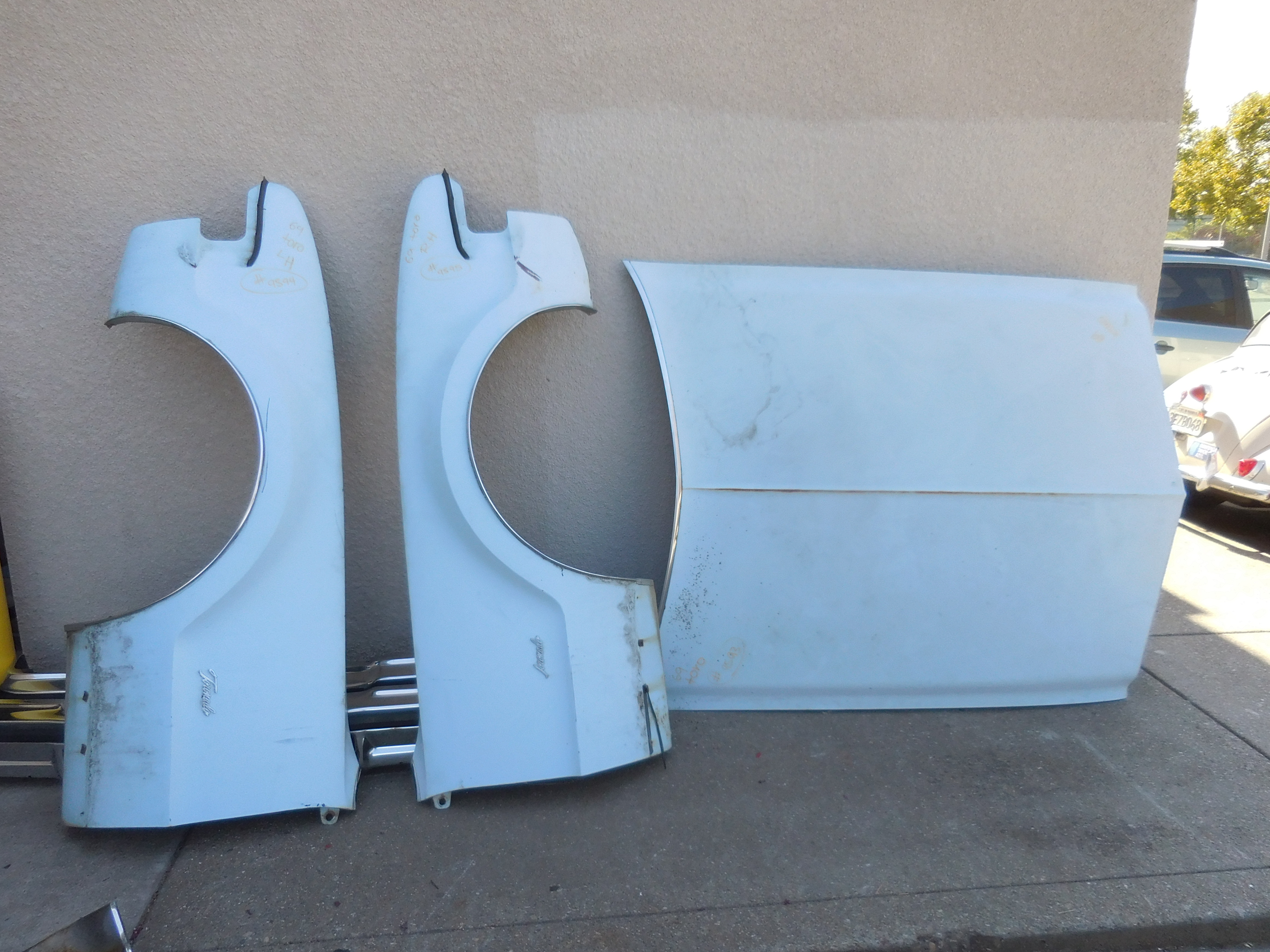 1969 Oldsmobile Toronado Left And Right Fenders And Hood