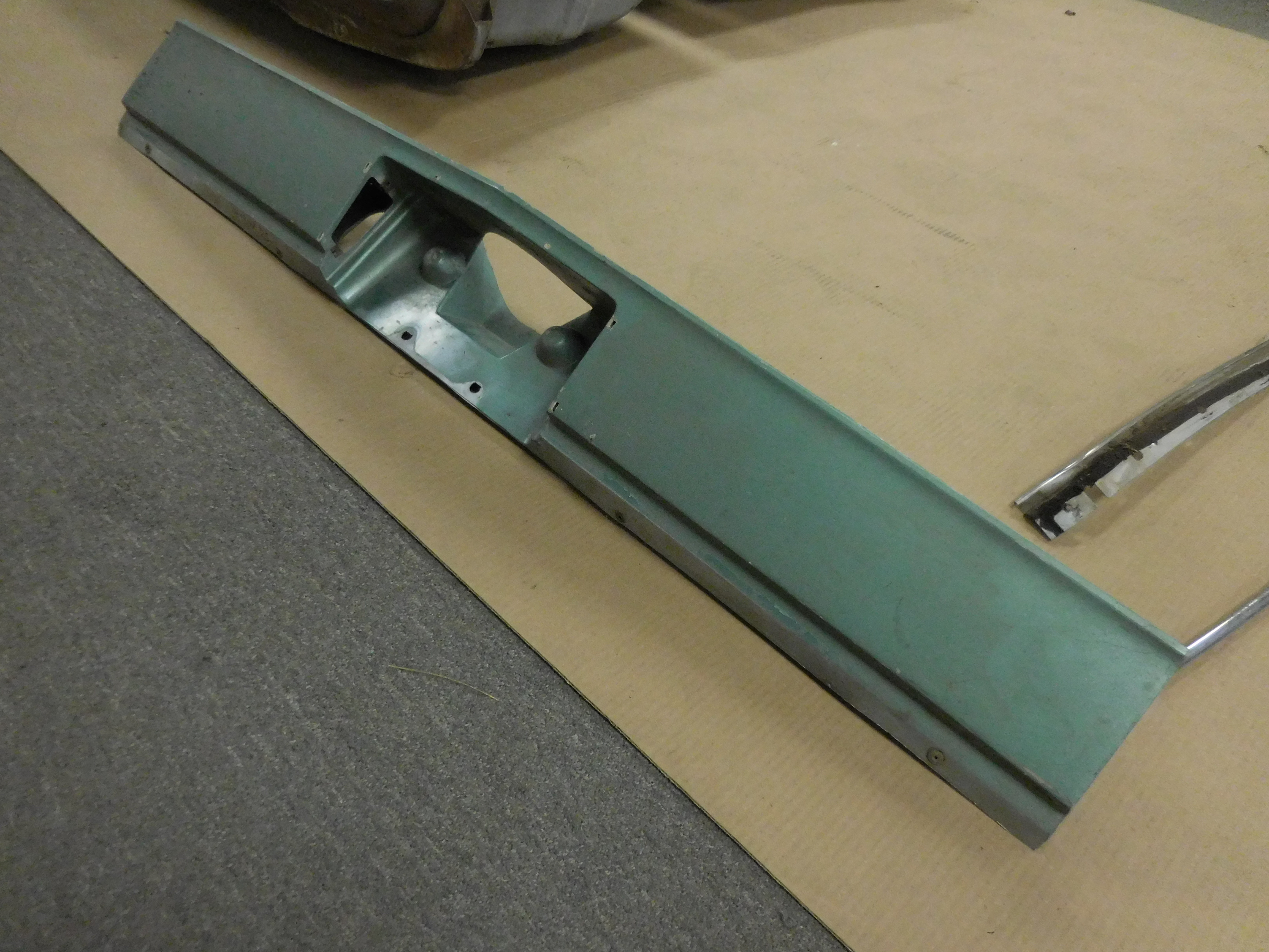 1976, 1977, Chevrolet, Monte Carlo, Rear, finish, Panel, Filler