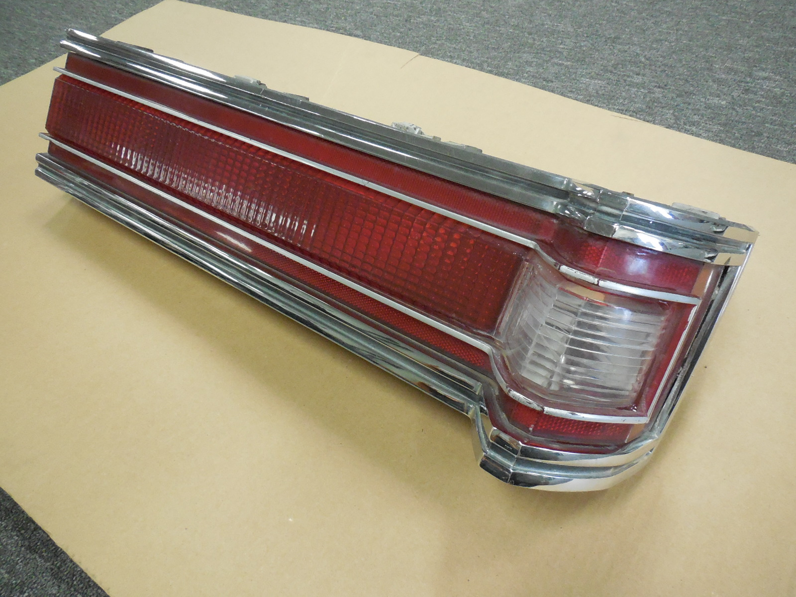 1978 1979 Buick Electra Tail Light