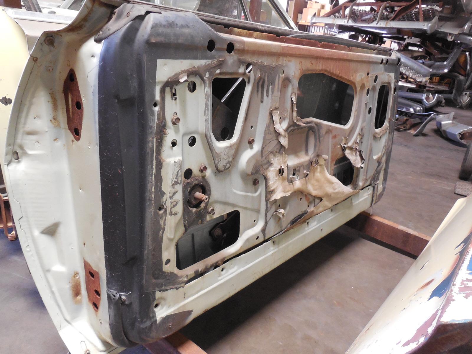 1968 1969 Ford Fairlane Torino Door