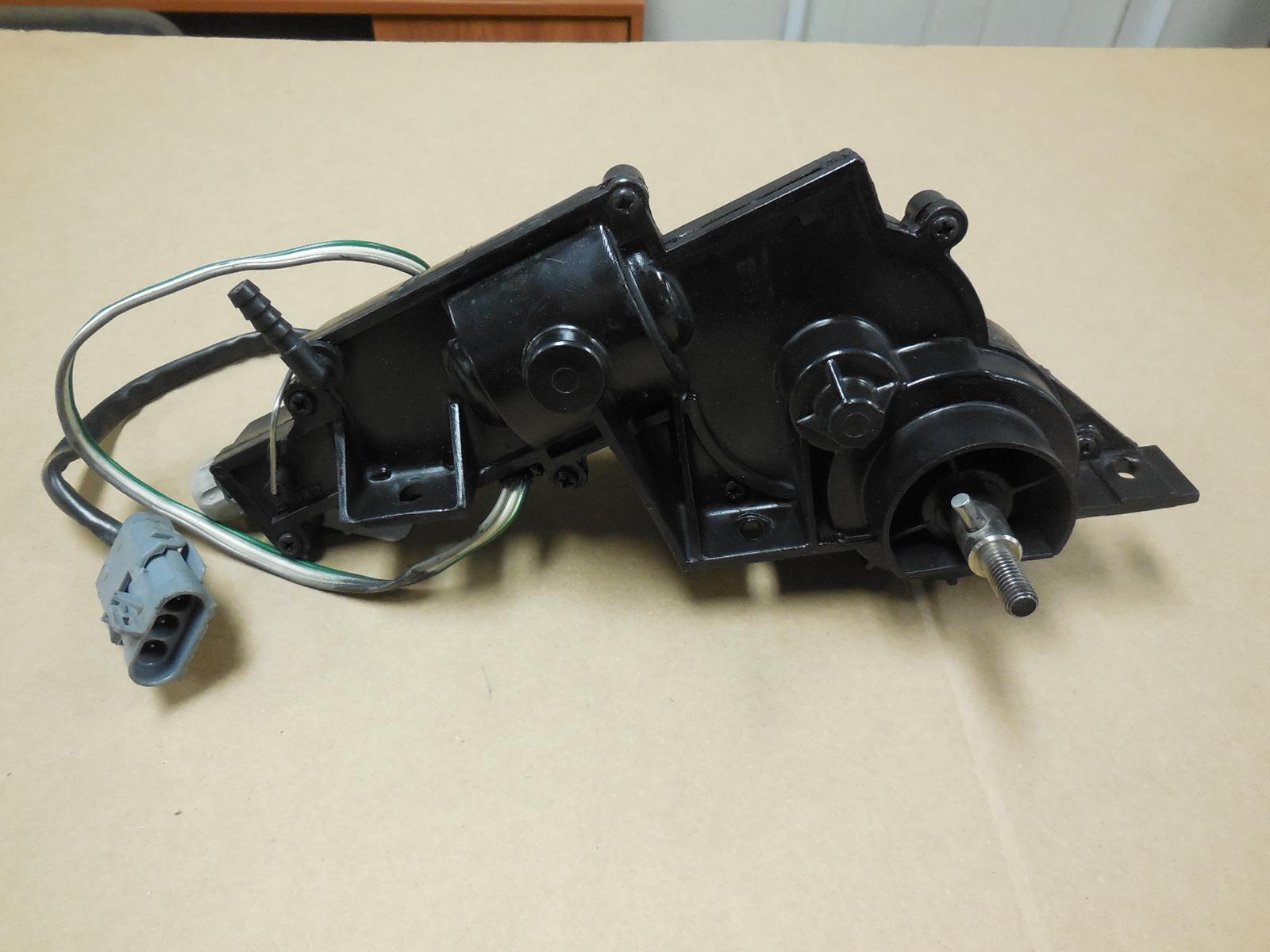 1984-1987 Chevrolet Corvette Rebuilt Right Headlight Motor 3 Wire