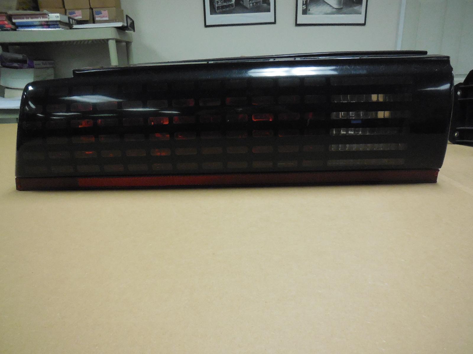 1985, 1986, 1987, 1988, 1989, 1990, Trans Am, Firebird, Left, Right, Tail, lights, with, center, Filler, Panel