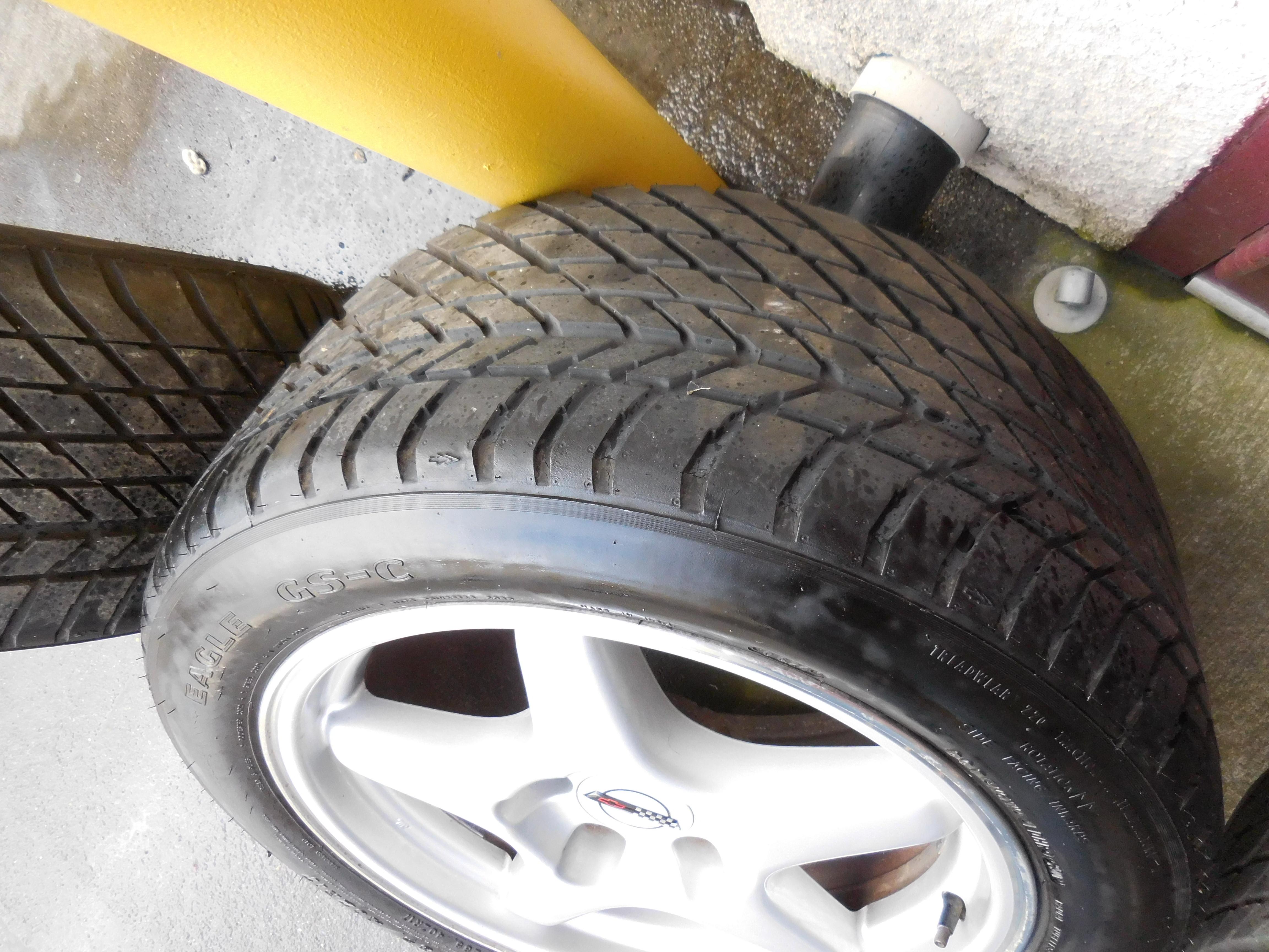 corvette c4 tires wheels chevrolet 1995 1985 1991 1986 1984 1990 1992