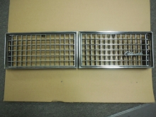 1976 Oldsmobile 98 left and right grills