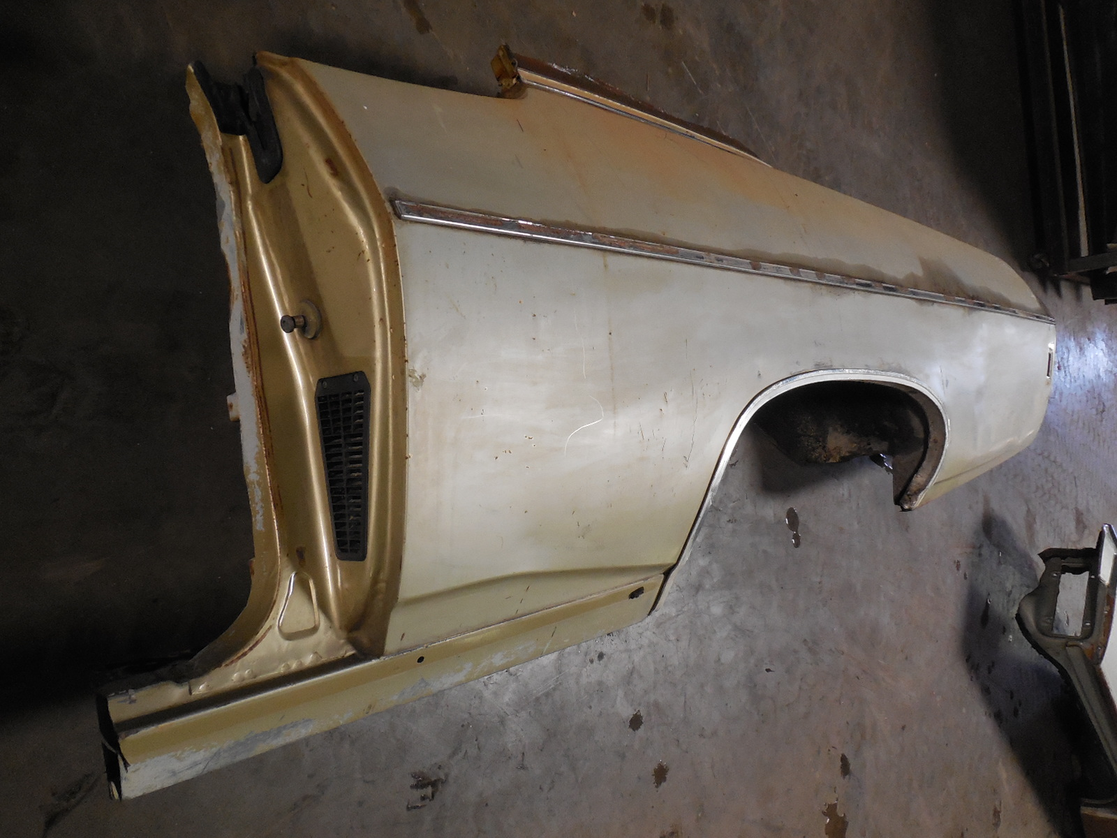 1969 Chevrolet Impala Caprice Quarter Panel | GM Sports
